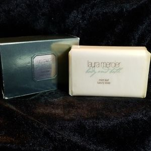 Laura Mercier Mint Leaf Luxury Soap